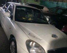 Cần bán gấp Daewoo Nubira II 2004, màu trắng xe gia đình giá 125 triệu tại Tp.HCM