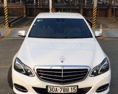 Bán Mercedes Benz E200 sx2014 trắng nội thất mâu socola giá 1 tỷ 330 tr tại Hà Nội