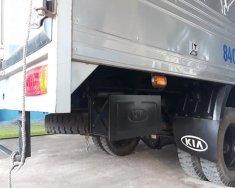 KiA K165 đời 2017, tải 2,4 tấn thùng mui bạt giá 335 triệu tại Tp.HCM