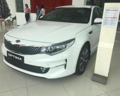 Cần bán Kia Optima đời 2019 màu trắng, giá 789 triệu, sẵn xe , LH: 0966 199 109 giá 789 triệu tại Thanh Hóa