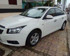 Cần bán gấp Chevrolet Cruze 2014, màu trắng số sàn, 368 triệu giá 368 triệu tại Bình Dương