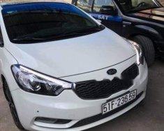 Cần bán xe Kia K3 đời 2015, màu trắng số tự động giá 560 triệu tại Tp.HCM
