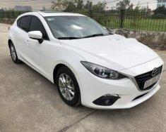 Cần bán lại xe Mazda 3 1.5AT đời 2015, màu trắng số tự động, 610 triệu giá 610 triệu tại Hà Nội