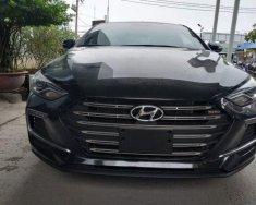 Cần bán xe Hyundai Elantra năm sản xuất 2018, màu đen giá 630 triệu tại Tp.HCM