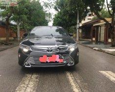 Bán Toyota Camry E 2018, màu đen chính chủ giá 970 triệu tại Thái Nguyên