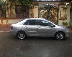 Nhà tôi bán xe Toyota Vios 1.5E sx cuối 2011, màu bạc, một chủ sử dụng giá 305 triệu tại Hà Nội