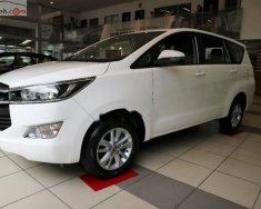 Bán Toyota Innova 2.0E 2018, màu trắng, 746 triệu giá 746 triệu tại Tp.HCM