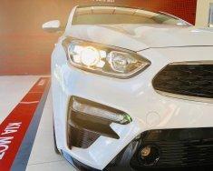 Bán Kia Cerato đời 2019 mới, xe mới đủ màu giao ngay trước tết giá 559 triệu tại Tp.HCM