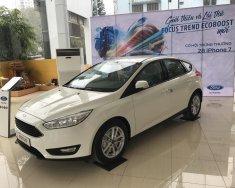 Bán Ford Focus 2018, xe giao ngay, giá giảm sâu, hỗ trợ vay trả góp 80%, LH 0987987588 tại Bắc Giang giá 570 triệu tại Bắc Giang