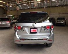 Bán ô tô Toyota Fortuner 2.7V 4x2 năm 2016, màu bạc, giá 900tr giá 900 triệu tại Tp.HCM