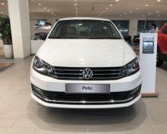 Cần bán Volkswagen Polo Sedan 1.6AT 6 cấp số, model 2018, xe nhập khẩu chính hãng giá 695 triệu tại Tp.HCM
