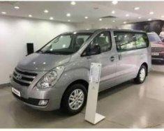 Cần bán lại xe Hyundai Starex năm 2014, màu bạc còn mới giá 550 triệu tại Tp.HCM