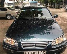 Cần bán Toyota Camry MT sản xuất 2001, xe nhà đang sử dụng giá 305 triệu tại Tp.HCM