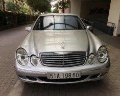 Bán xe Mercedes E240 đời 2003, màu bạc, bảo hành 12 tháng giá 300 triệu tại Hà Nội