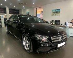 Bán Mercedes E250 sản xuất năm 2017, màu đen, giá cực rẻ 2,199 tỷ giá 2 tỷ 199 tr tại Hà Nội