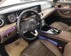 Bán xe Mercedes E250 sản xuất năm 2018, màu đen giá 1 tỷ 920 tr tại Tp.HCM
