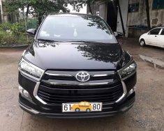 Cần bán xe Toyota Innova Venturer đời 2018, màu đen chạy lướt giá 854 triệu tại Bình Dương