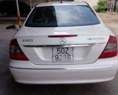 Cần bán xe Mercedes E200 đời 2007 màu trắng, xe còn đẹp ngay chủ giá 365 triệu tại Tp.HCM