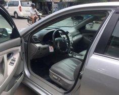 Bán Toyota Camry 2.5LE sản xuất 2010, màu bạc, xe nhập, giá 300tr giá 300 triệu tại Tp.HCM