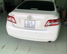 Cần bán Toyota Camry LE 2.5 sản xuất năm 2010, màu trắng, máy móc còn nguyên zin giá 790 triệu tại Tp.HCM