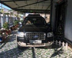 Cần bán lại xe Ford Everest đời 2008, màu đen giá 300 triệu tại Tp.HCM