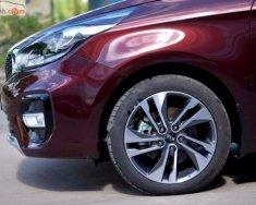 Bán xe Kia Rondo GAT đời 2018, màu đỏ giá 665 triệu tại Tp.HCM
