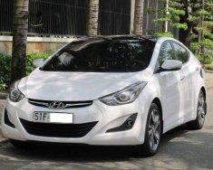 Cần bán Hyundai Elantra 1.8AT 2015 màu trắng, phiên bản full option giá 545 triệu tại Tp.HCM