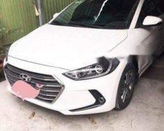 Bán Hyundai Elantra đời 2017, màu trắng số tự động giá 550 triệu tại Tp.HCM