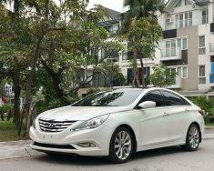Cần bán xe Hyundai Sonata SE 2.0 AT năm sản xuất 2012, màu trắng, nhập khẩu nguyên chiếc giá 603 triệu tại Hà Nội