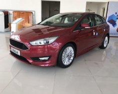 Bán Ford Focus đời 2018, 4 cửa, sẵn xe tại đại lý, hỗ trợ thủ tục đăng ký, đăng kiểm. Giao xe tận nơi giá 580 triệu tại Bắc Ninh
