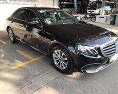 Bán ô tô Mercedes E200 sản xuất 2018, màu đen, nhập khẩu chính chủ giá 2 tỷ 200 tr tại Tp.HCM