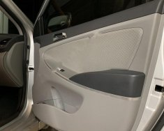 Cần bán lại xe Hyundai Accent năm sản xuất 2012, màu bạc, nhập khẩu Hàn Quốc số tự động, giá chỉ 455 triệu giá 455 triệu tại Nghệ An