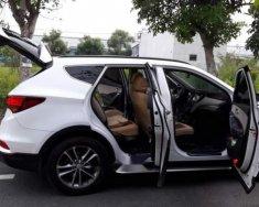 Cần bán xe Hyundai Santa Fe đời 2018, màu trắng giá 1 tỷ 500 tr tại Tp.HCM