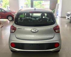 Hyundai I10 số sàn màu bạc xe giao ngay trước Tết, giá KM cực hấp dẫn, hỗ trợ vay lãi suất ưu đãi. LH: 0903175312  giá 330 triệu tại Tp.HCM