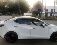Cần bán lại xe Mazda 2 năm 2017, màu trắng, xe nhập số tự động giá 525 triệu tại Tp.HCM