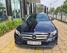 Cần bán xe Mercedes E250 đời 2018, màu xanh lam, nhập khẩu nguyên chiếc giá 2 tỷ 368 tr tại Tp.HCM