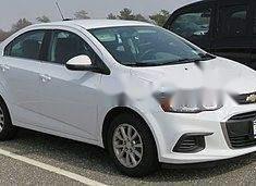 Cần bán xe Chevrolet Aveo đời 2017, màu trắng giá 321 triệu tại Đà Nẵng