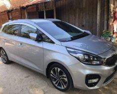 Cần bán lại xe Kia Rondo GAT 2.0 năm 2017, màu bạc xe gia đình giá 615 triệu tại Tp.HCM