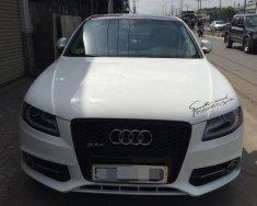 Bán Audi A4 năm 2011, màu trắng, xe nhập, lên cản RS4 giá 720 triệu tại Tp.HCM