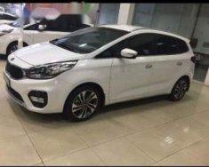 Bán xe Kia Rondo năm sản xuất 2018, màu trắng giá 609 triệu tại Tp.HCM