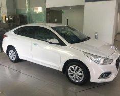 Bán Hyundai Accent MT màu trắng xe có sẵn giao ngay, giá KM kèm quà tặng hấp dẫn, hỗ trợ vay trả góp ls ưu đãi, LH 0903175312 giá 435 triệu tại Tp.HCM