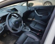 Bán ô tô Ford Fiesta năm sản xuất 2011, màu trắng, xe nhập giá 320 triệu tại Hà Nội