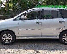 Bán Toyota Innova E đời 2015, màu bạc chính chủ giá 565 triệu tại Tp.HCM