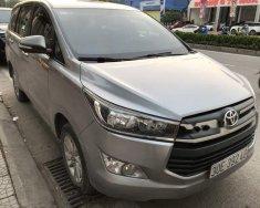 Bán Toyota Innova 2.0E sản xuất 2016, màu bạc số sàn giá cạnh tranh giá 705 triệu tại Hà Nội