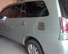 Gia đình bán Toyota Innova 2.0G 2009, màu bạc giá 380 triệu tại Bình Dương