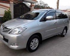 Cần bán gấp Toyota Innova 2.0G sản xuất 2010, màu bạc chính chủ  giá 412 triệu tại Tp.HCM