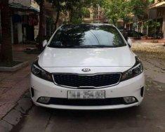 Cần bán xe Kia Cerato năm sản xuất 2017, màu trắng, giá tốt giá 500 triệu tại Quảng Ninh