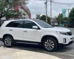 Cần bán xe Kia Sorento 2.4AT GATH, sản xuất năm 2016, màu trắng giá 8 triệu tại Tp.HCM