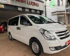 Cần bán gấp Hyundai Grand Starex 2.4 AT sản xuất 2016, màu trắng, nhập khẩu nguyên chiếc   giá 830 triệu tại Đắk Lắk