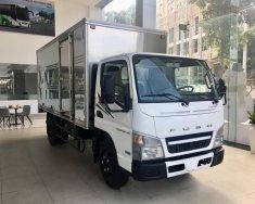 Xe tải Fuso Canter 4.99, tải 2.1 tấn thùng 4.35m, động cơ Mitsubishi E4 giá 597 triệu tại Tp.HCM
